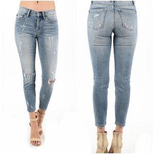 Denim - Judy Blue Bleach Splashed Distressed Jeans